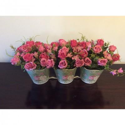 Διακοσμητικές Συνθέσεις - Rosa Alba Διακοσμητικά  Άγρια Τριαντάφυλλα σε Τριπλό Μεταλλικό Κασπό Συνθέσεις Είδη Σπιτιού - saroglouhome.gr